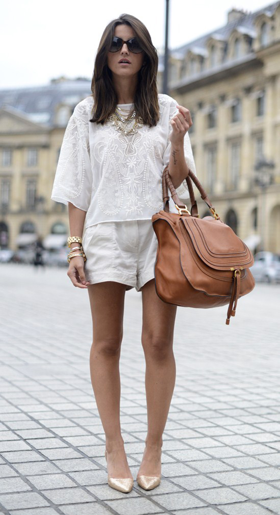 look-total-white